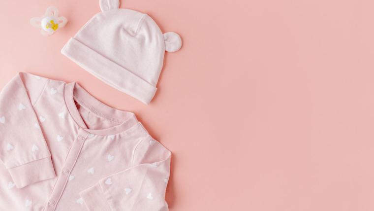 Les bons gestes à suivre pour habiller bébé