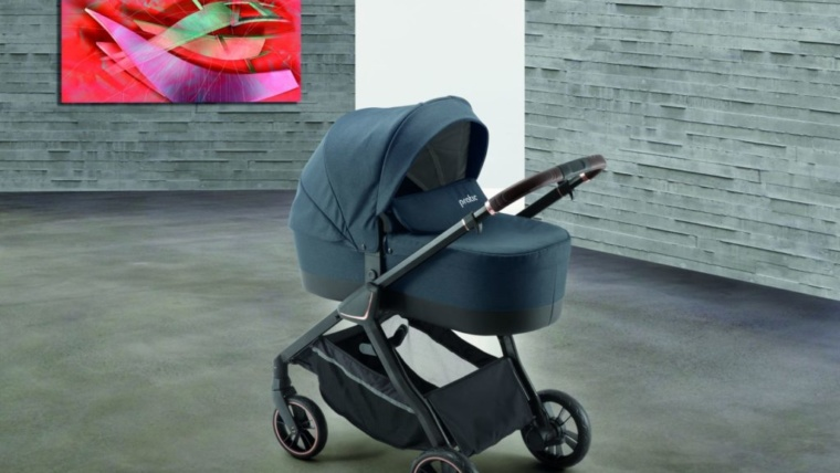 Pratic combiné Trio (châssis + nacelle + bloc poussette + couvre jambes + habillage pluie + sac nursery + siège nouveau né GR «0»)–> 599,00€